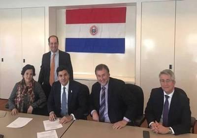 """Colocación de bonos: """"Paraguay 1 – Parlamento 0. A conquistar el mundo"""""""