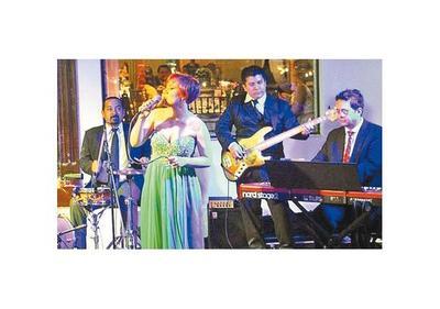 Nina&Cía lanza nuevo devedé, con un show en el Municipal