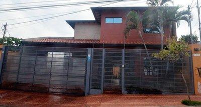 Comenzó como ordenanza en Aduanas y ahora vive en casa de US$ 200.000