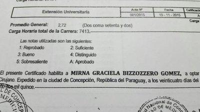 Doctora altanera recibió su título con promedio dos