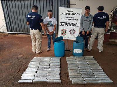 Incautan 80 Kg. de marihuana y detienen dos personas
