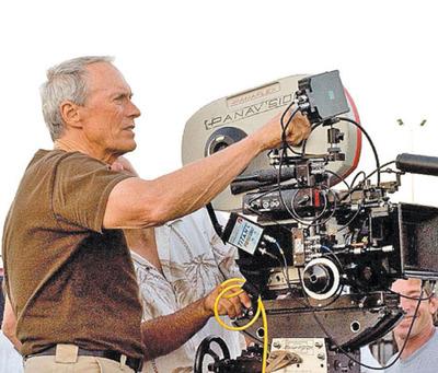 Clint Eastwood analiza guion de un filme  sobre Mangoré