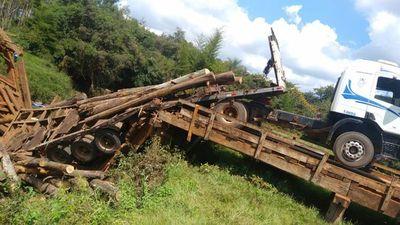 Cae puente de madera en San Juan Nepomuceno