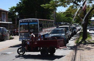 Comuna culpa a proyectos desconectados, por el caótico tránsito