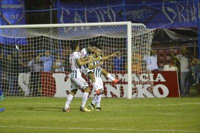 Debut, gol y victoria