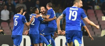 Higuaín impide la remontada del Napoli y mete a Juventus en la final