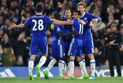 Chelsea se acerca al título