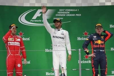 F1: Hamilton recupera protagonismo en China