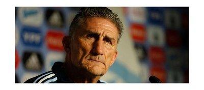 La AFA despide al seleccionador Edgardo Bauza