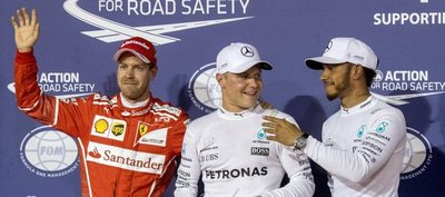 Bottas bate a Hamilton en Baréin y logra su primera pole