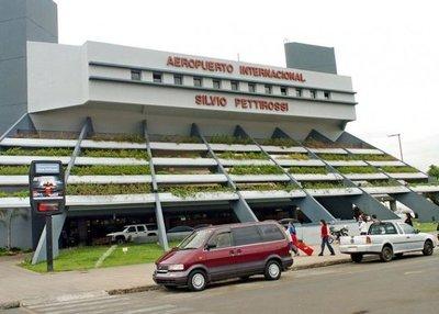 MOPC acatará cancelación de licitación de aeropuerto