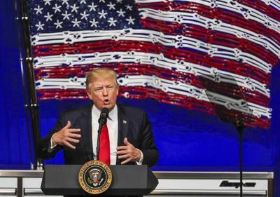 Trump reitera la importancia del muro con México