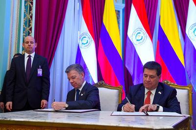 Paraguay y Colombia suscriben acuerdo sobre defensa, tecnología y logística