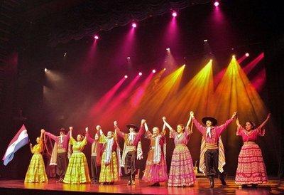 El folclore paraguayo en Qatar