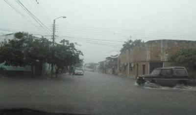 Diputados declara en emergencia a Ñeembucú e Itapúa por inundaciones