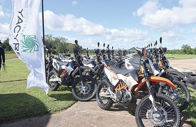 La EBY justifica compra de motos