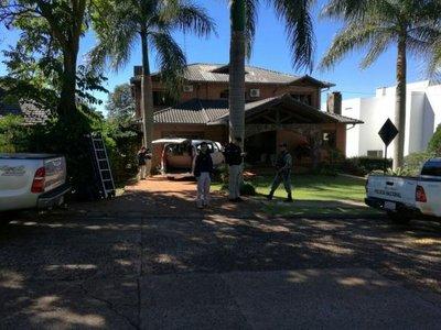 Un detenido y 4 vehículos incautados en el Paraná Country Club