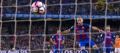 El primer gol de Mascherano con el Barça en siete años
