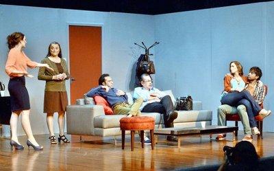 Nutrida cartelera teatral ofrece dramas y comedias
