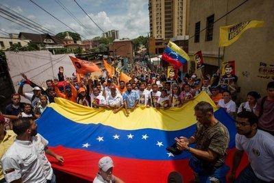 Paraguay: misa y oración por paz en Venezuela
