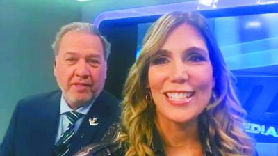 """Óscar Acosta jugó con Sanie y le dio una """"patadita"""""""