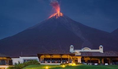 Pánico en Guatemala por erupción del Volcán de Fuego