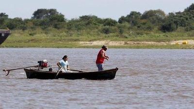 Pescadores piden cese de fumigaciones de empresa arrocera