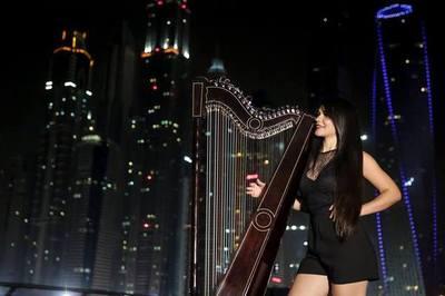 Paraguaya conquistó a Tinelli tocando el arpa