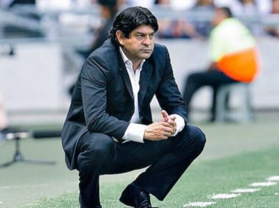 José ya no sigue como entrenador de Puebla