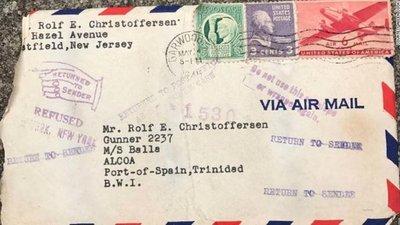 Marinero recibe carta de amor de su mujer tras 72 años después del envío