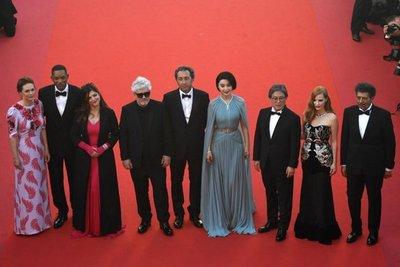Almodóvar inaugura como jurado la primera alfombra roja de Cannes
