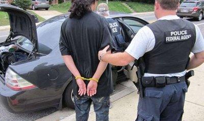 Arrestos de inmigrantes en EEUU crecen casi un 40 %