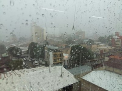 Amplían alerta por tormentas para siete departamentos