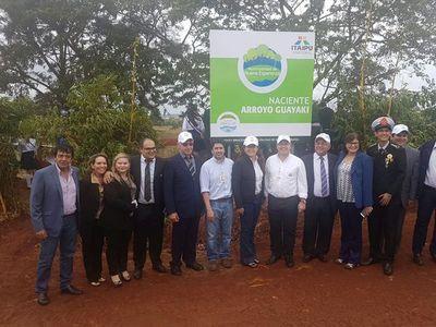 """Nueva Esperanza firma con Itaipú un convenio sobre """"Cultivando Agua Buena"""""""