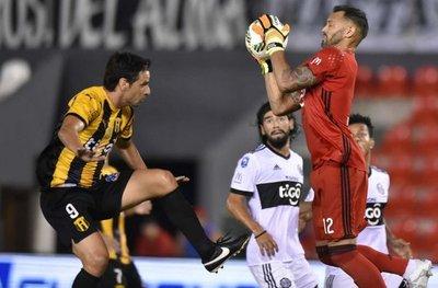 Colo Colo y dos clubes locales quieren a Diego