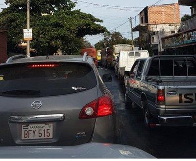 Obras generan caos vehicular en San Lorenzo