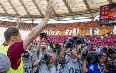 Roma triunfa en el adiós del capitán Totti