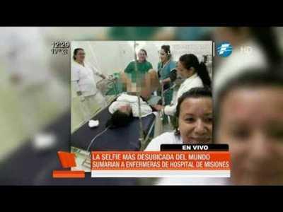Sumarian a enfermeras tras selfie durante un parto