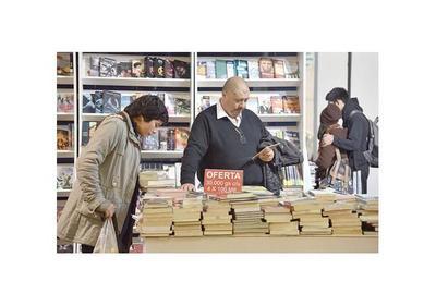 Maratón de lectura de  Yo el Supremo  en Feria del Libro