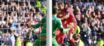 Kane rescata un punto para Inglaterra en el minuto 92