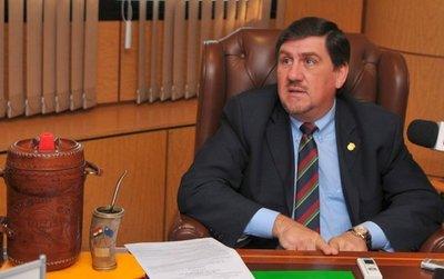 Llano asegura no hay obstáculos para que el FG presida el Senado