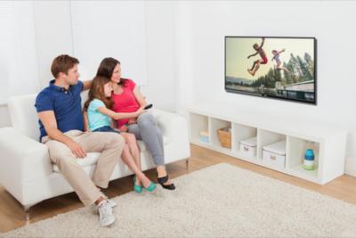 Obsequiar a papá un televisor con internet, apps y juegos