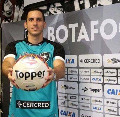 Gatito Fernández se destaca en el Brasileirão