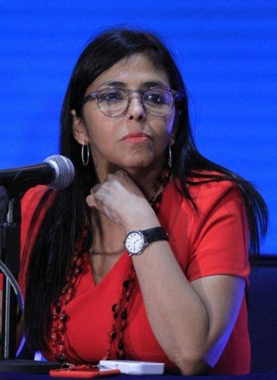 Maduro cambia a canciller, quien será candidata a Asamblea Constituyente