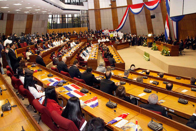 Senado aprobó retenciones a la soja pero Ejecutivo vetará el tributo