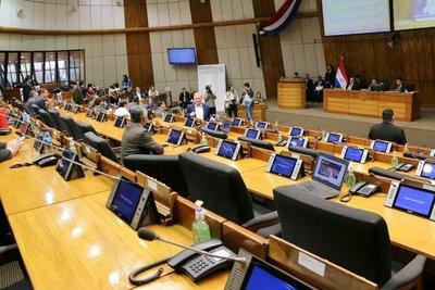 Diputados: Hugo Velázquez viola el reglamento interno