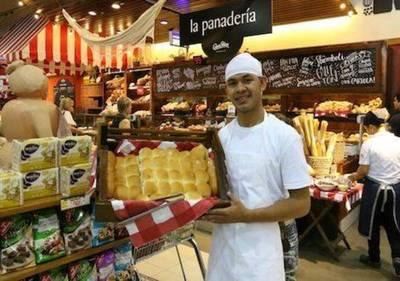 Feria de empleo rompe el estigma de Informconf: de Chacarita a sitio gourmet