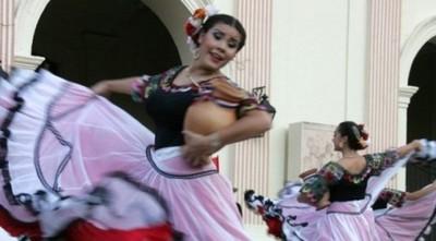 Música En El Puerto De Asunción