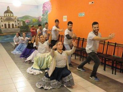 Un puente con Paraguay a través de la danza