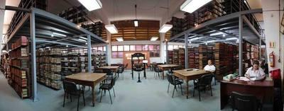 Más de 3.500 libros de la colección privada irán al acervo de la Biblioteca
